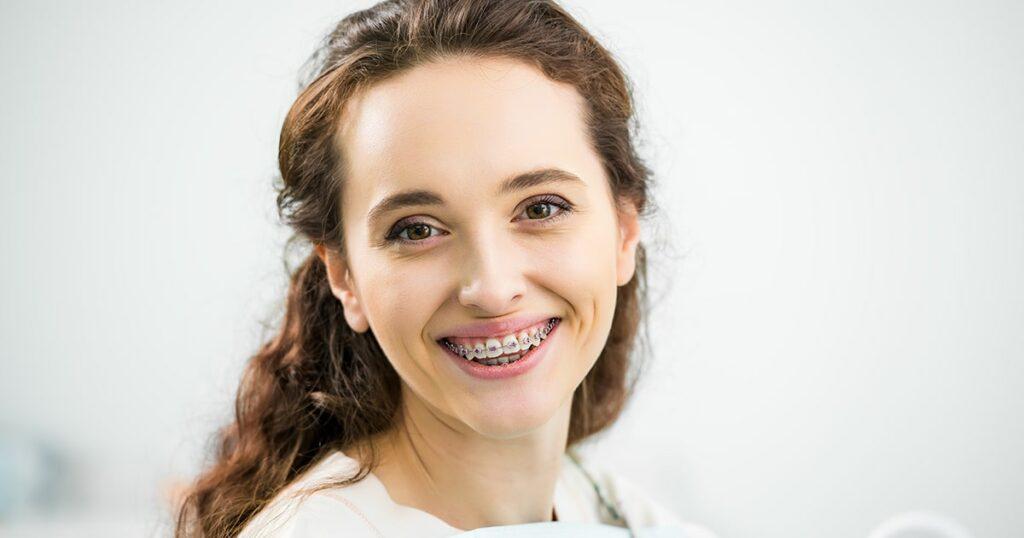 Ortodoncia para adultos en Sevilla